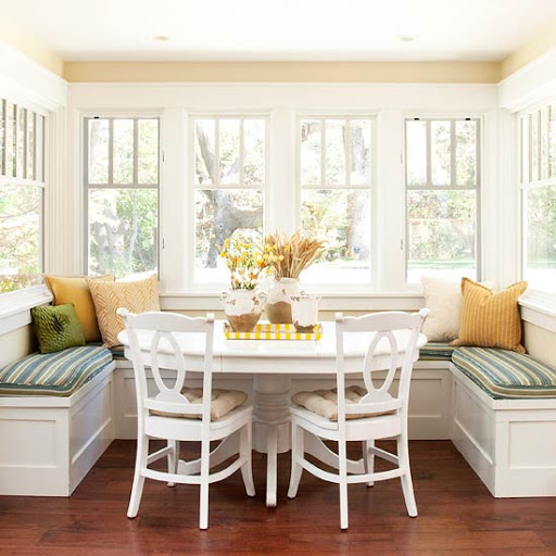 Eat-in Kitchen w/Walls of Windows & Expansive Views