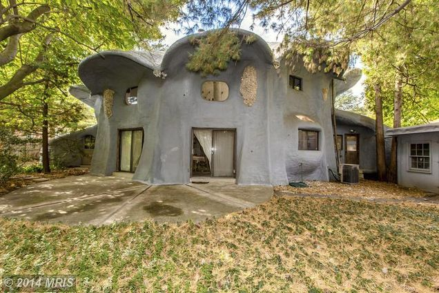 Architect Roy Mason Mushroom House in Bethesda, MD