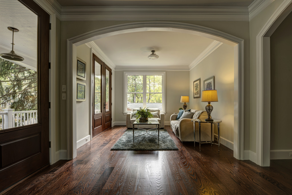 Double-door Entry, Foyer, Hardwood Floors