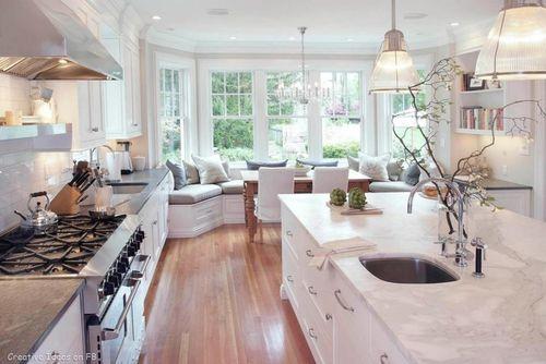 Bright White Kitchen w/Ample Storage and Symmetry/Flow